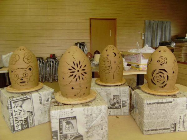 ランプシェード彫り作品(完成前)